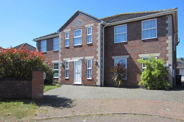 Thumbnail Detached house for sale in Castle Keep, Hibaldstow, Brigg