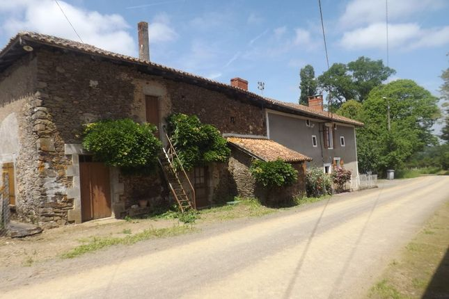 Poitou-Charentes, Charente, Massignac