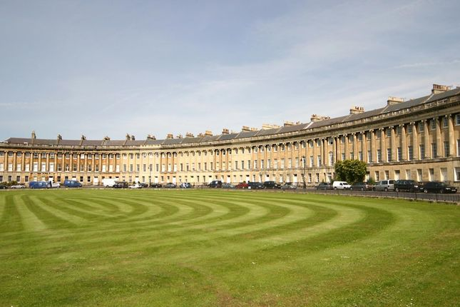 Thumbnail Studio to rent in 18 Royal Crescent, Bath