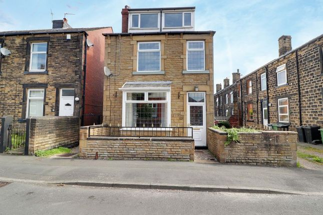 Thumbnail Detached house for sale in Worrall Street, Morley, Leeds