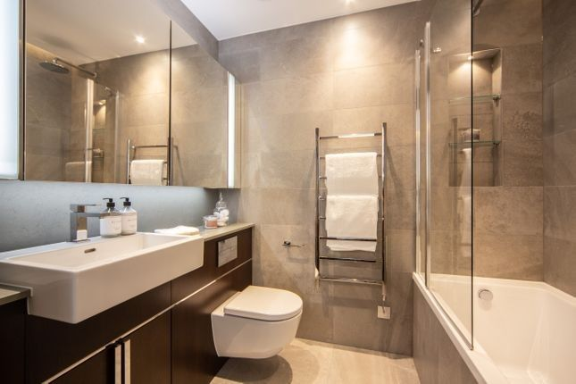 Thumbnail Flat to rent in Thornes House, 4 Charles Clowes Walk, London