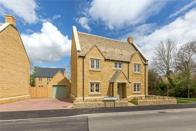 4 bed detached house for sale in June Lewis Way, Fairford, Gloucestershire GL7