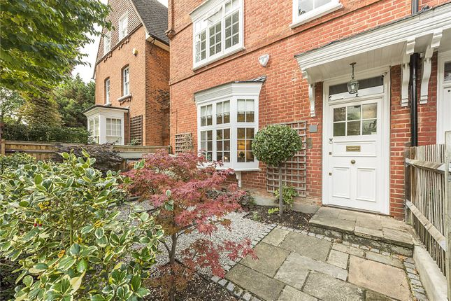 Thumbnail Terraced house for sale in Woodstock Road, London