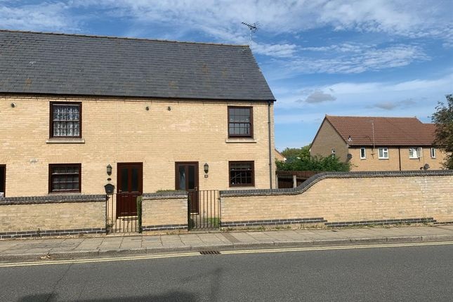 2 bed end terrace house to rent in Furrowfields Road, Chatteris PE16
