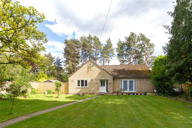 Thumbnail Bungalow for sale in Oaksey Road, Poole Keynes, Cirencester