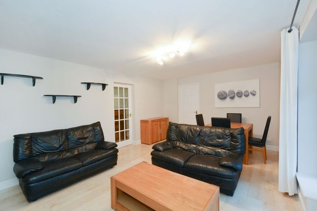 Thumbnail Flat for sale in Dunnage Crescent, Canada Water