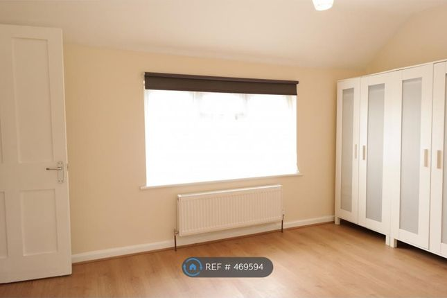 Thumbnail Semi-detached house to rent in King Henrys Road, Kingston Upon Thames