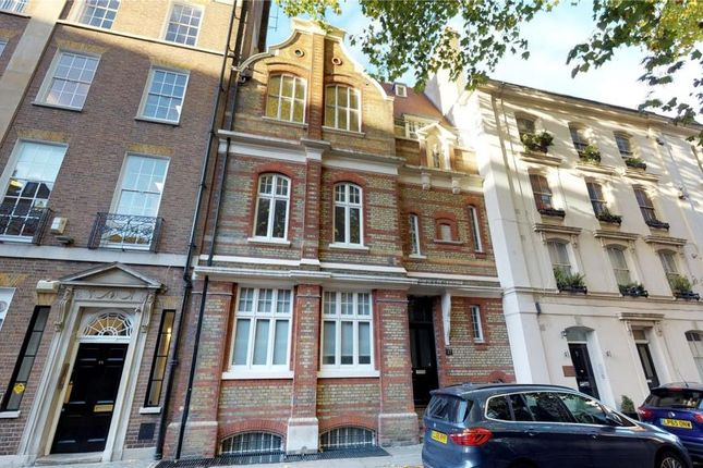 Thumbnail Flat to rent in Little Russell Street, London