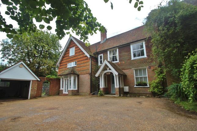 Thumbnail Terraced house for sale in Station Road, Durgates, Wadhurst
