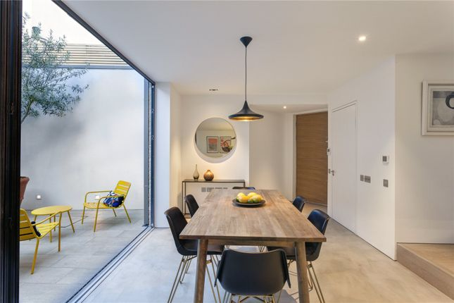 Picture 18 of Townley Street, London SE17