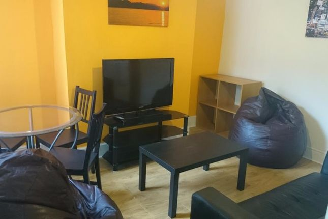 Thumbnail Shared accommodation to rent in Maxton Road, Liverpool