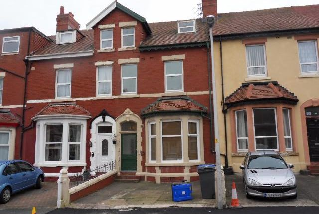 Thumbnail Flat to rent in Hesketh Avenue, Blackpool