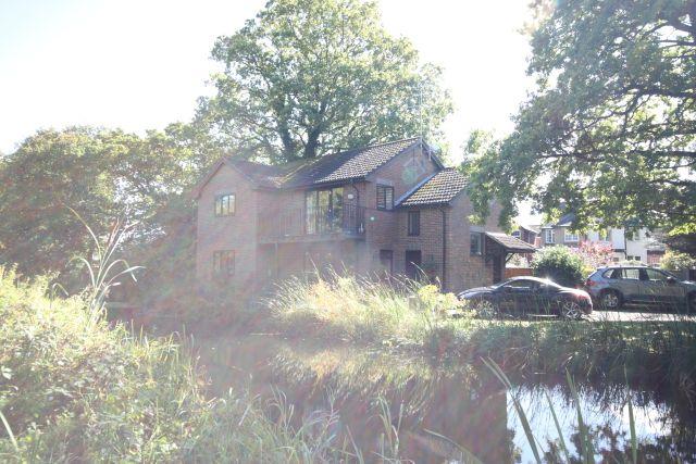Thumbnail Flat to rent in Bridge Barn Lane, Horsell, Woking