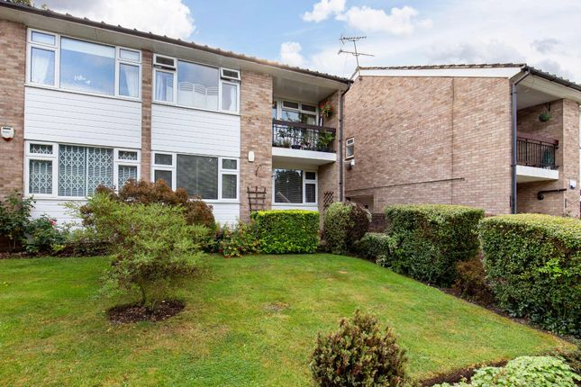 Thumbnail Maisonette for sale in The Cedars, Buckhurst Hill