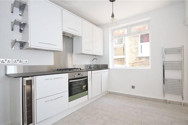 2 bed flat to rent in Auckland Hill, London