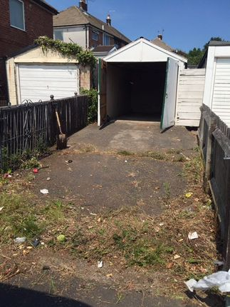 Parking/garage to rent in Bowfell Close, Blackpool