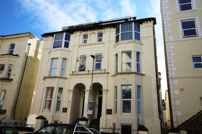 Thumbnail Flat to rent in Nightingale Road, Southsea