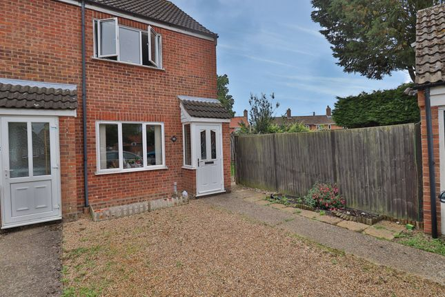 2 bed end terrace house for sale in Nicholls Way, Roydon, Diss IP22