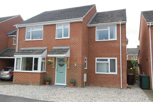 Thumbnail Detached house for sale in The Moorlands, Kidlington