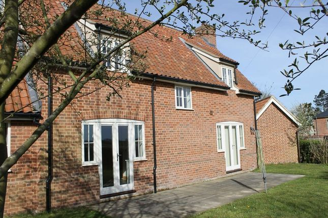 Thumbnail Cottage to rent in Dunwich Road, Blythburgh, Halesworth