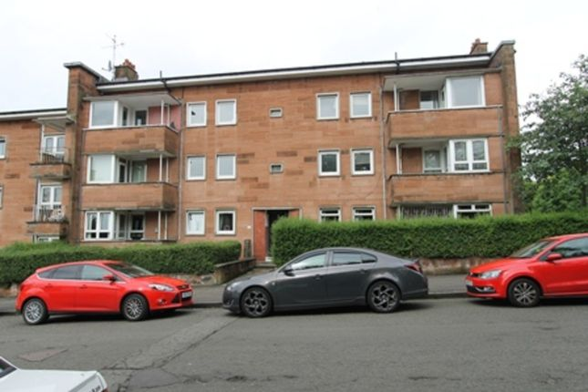 3 bed flat to rent in Sannox Gardens, Glasgow