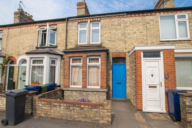 3 bed terraced house for sale in Cowper Road, Cambridge