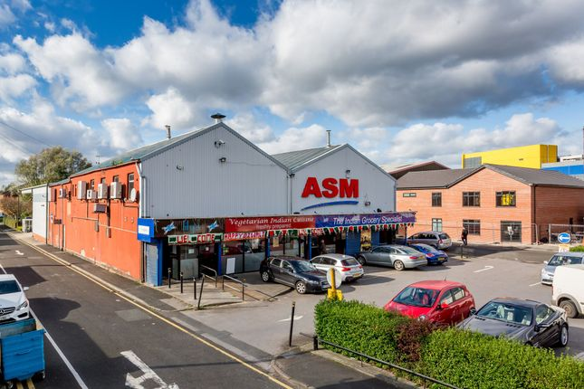 Thumbnail Retail premises for sale in 75-83 Oldham Road, Ashton Under Lyne