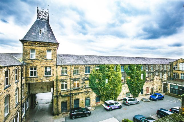Flat for sale in Plover Road, Huddersfield