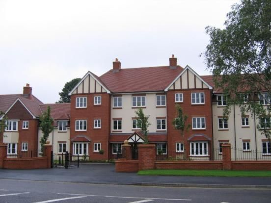 1 Bed Flat For Sale In Chester Road Streetly Sutton