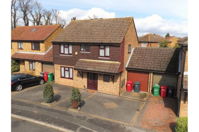 Thumbnail Detached house for sale in The Briars, Slough