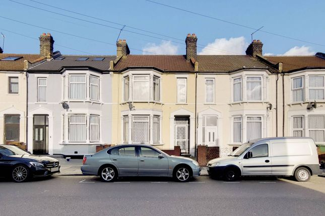 Thumbnail Terraced house to rent in Cecil Avenue, Barking