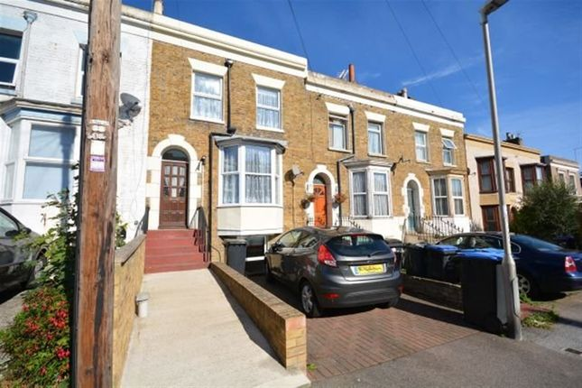 Thumbnail Property to rent in Vale Road, Ramsgate