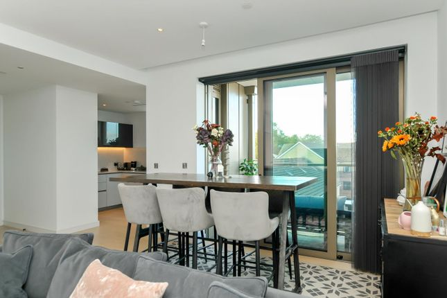 2 bed flat for sale in Downs Road, London E5