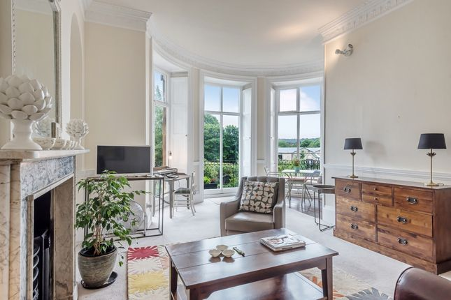 Thumbnail Flat to rent in Kensington Place, Bath