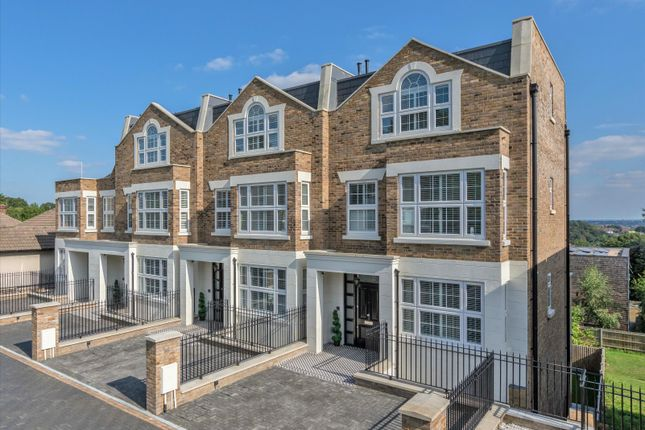 Thumbnail Property for sale in Oak View, Forest Hill, London