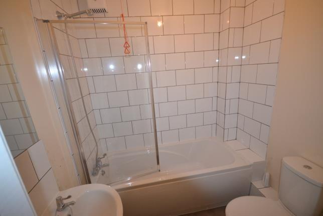 Bathroom of Eridge Road, Crowborough, East Sussex, . TN6