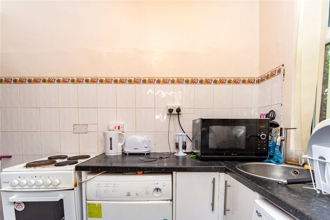 Kitchen of Bayswater Row, Leeds, West Yorkshire LS8