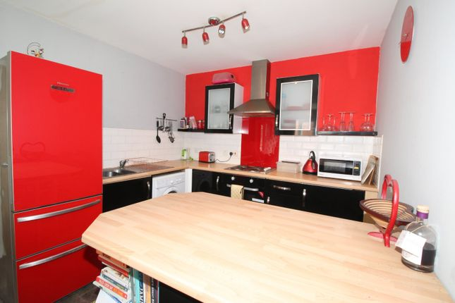 Kitchen of Old Harbour Court, 10 Wincolmlee, Hull, East Yorkshire HU2