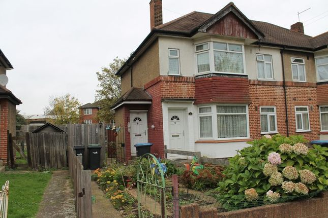 Thumbnail Maisonette for sale in Greenmoor Road, Enfield