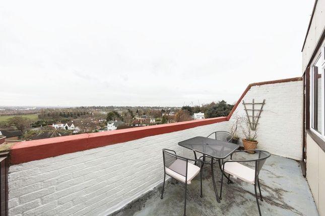 Balcony of Lydney Close, London SW19