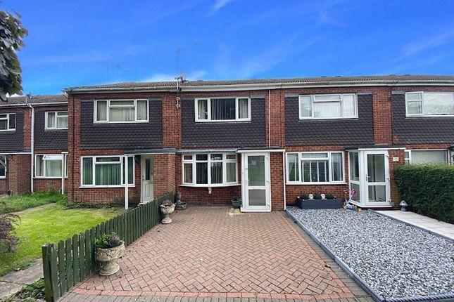 Thumbnail Terraced house for sale in Boswell Grove, Warwick