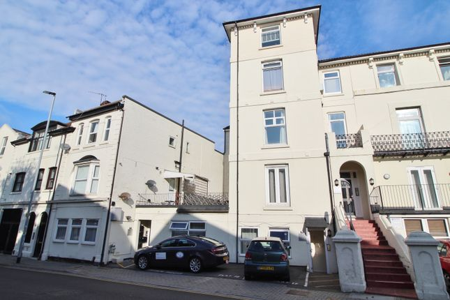 Maisonette to rent in Clarendon Road, Southsea