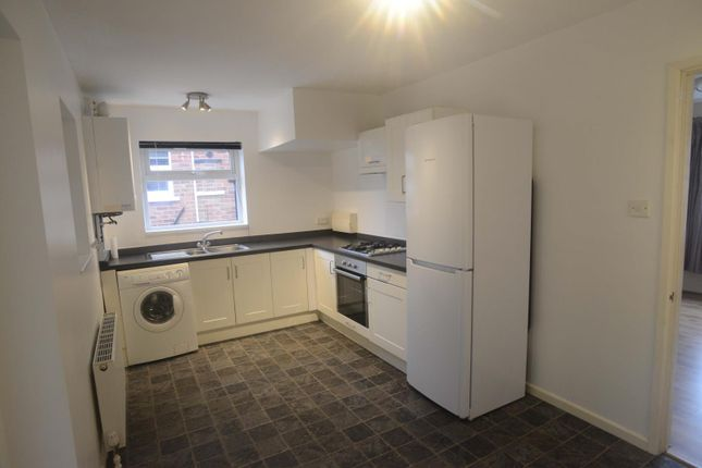 Thumbnail Semi-detached house to rent in Lamb Hill Close, Sheffield