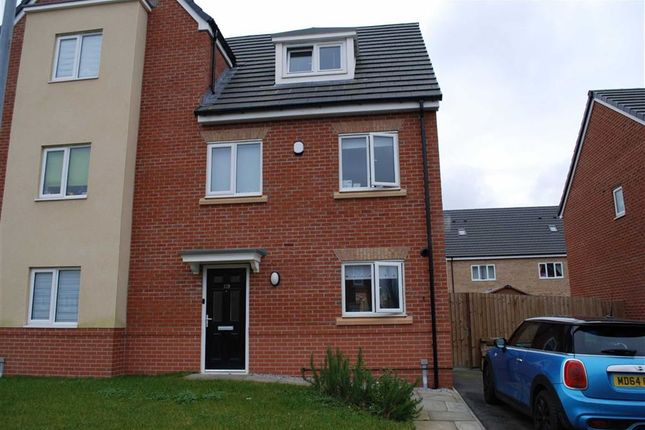 Thumbnail Semi-detached house to rent in Martindale Crescent, Middleton, Manchester