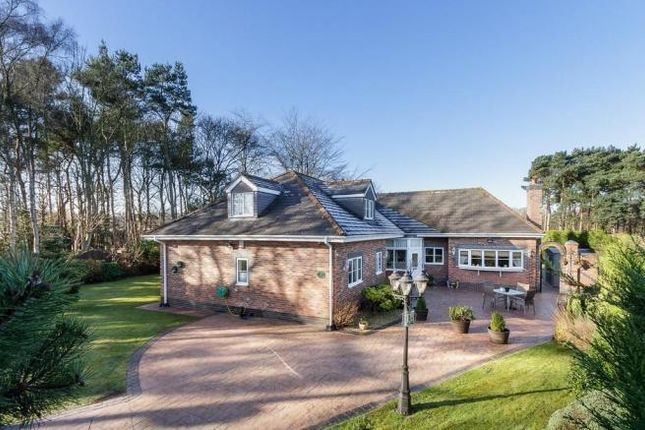 Thumbnail Country house for sale in Fishpool Road, Delamere