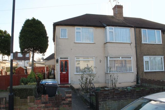 Thumbnail Flat for sale in Lansbury Road, Enfield