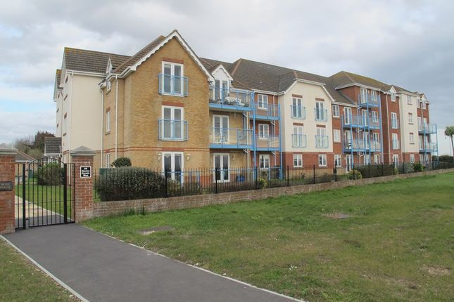 Thumbnail Flat to rent in Ross House, 60 Marine Parade West, Lee-On-The-Solent, Hampshire