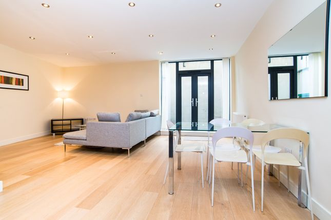 Thumbnail Flat to rent in Clemence Street, London