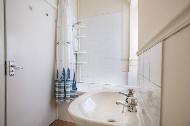 Bathroom of High Street, Southampton SO14