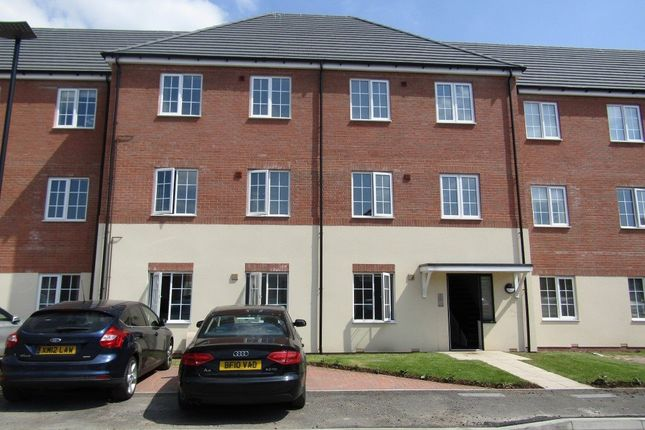 Thumbnail Flat to rent in Welby Road, Hall Green, Birmingham